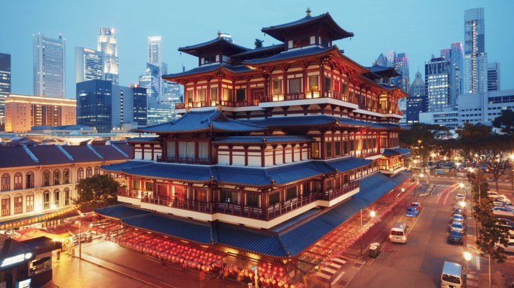 Buddha Toothe Relic Temple in Singapore's Chinatown