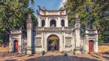 Visit the highlights of Hanoi on a 5 day Vietnam tour