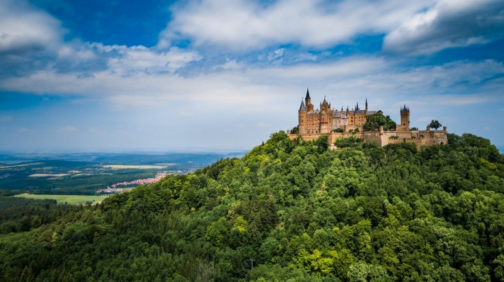 Hohenzollern is a beautiful landmark of the Albsteig hiking trail