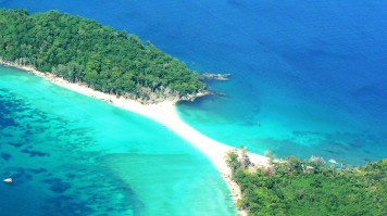 Andaman Nicobar Islands are less known but beautiful destinations in Asia