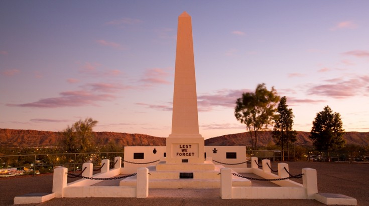 A visit to the Anzac Hill provides scenic views of Alice Springs.