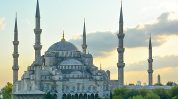 The blue mosque in Turkey is a sight for sore eyes.