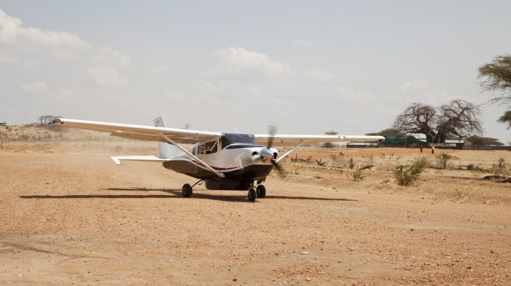 Air charter safaris