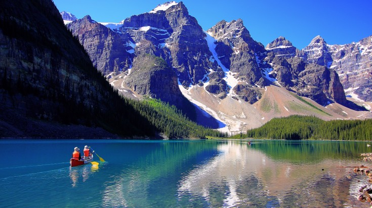 Moraine lake is a beautiful glacial lake in Banff National Park in Canada.