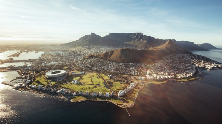 Located at the foot of the Table Mountain, Cape town is a stunning city.