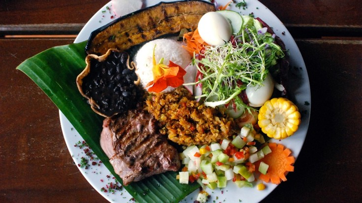 when it comes to things to do in Costa Rica, Casado is a food to try