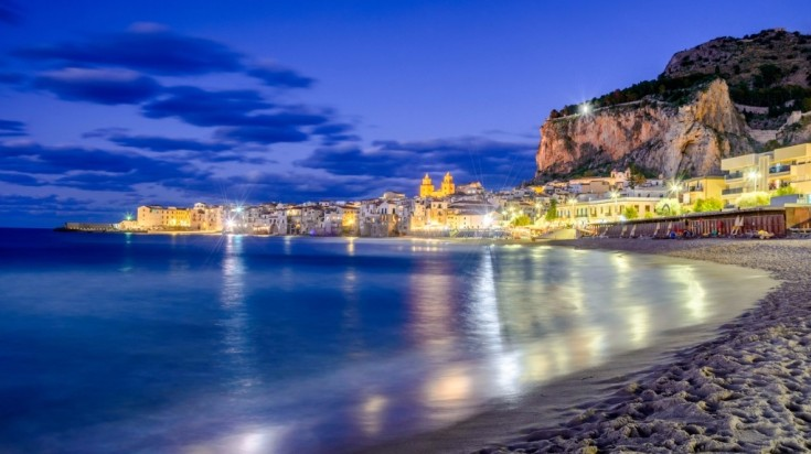 Best beaches in Sicily, one that tops the charts is Cefalu