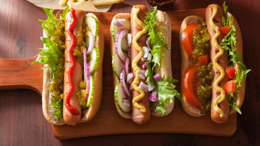 Top 10 popular chilean food dishes you must try bookmundi chilean hot dog forumfinder Choice Image