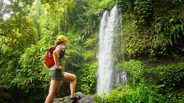 Include hiking into a Costa Rica itinerary