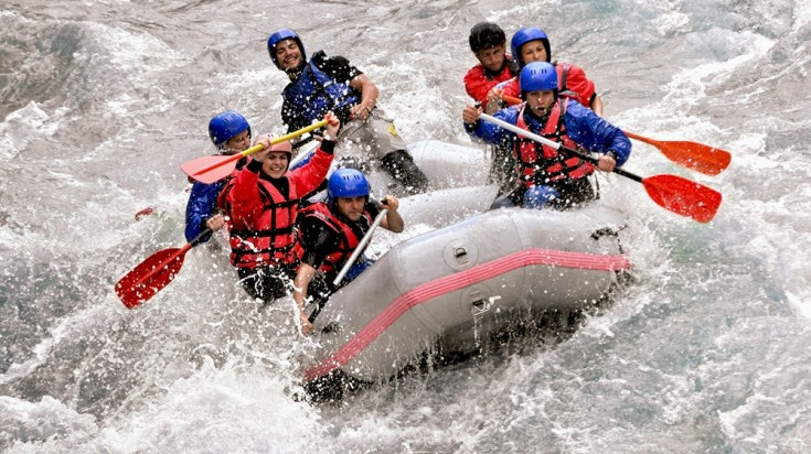 Costa Rica itinerary rafting