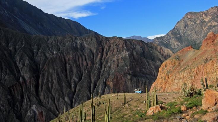 Cotahuasi Canyon trekking trail