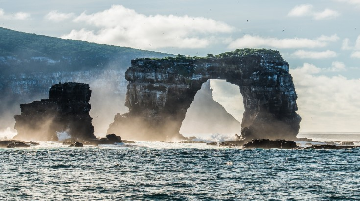 Darwin's arch Galapagos best dive sites