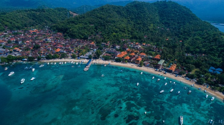 Padang Bai has great spots to go diving in Bali just off the shore.