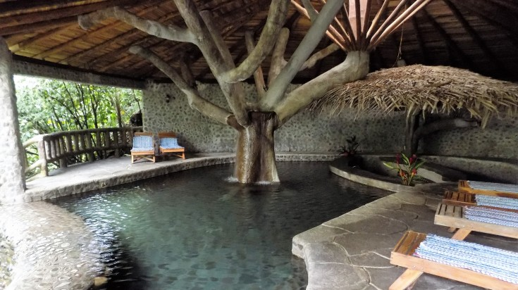 Eco lodges in Costa Rica Rancho Margot pool