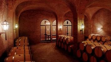 Barrel room in El Principal