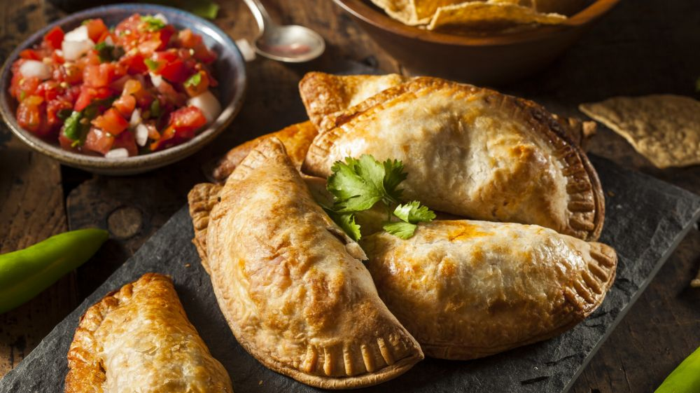 Top 10 popular chilean food dishes you must try bookmundi empanadas platter chilean empanadas forumfinder Images