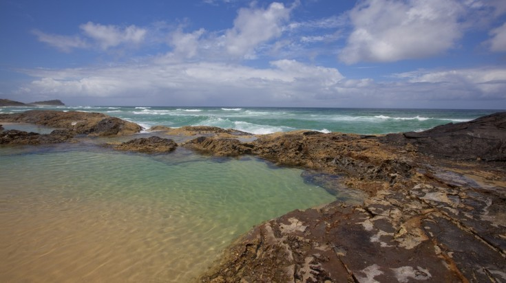Visit Champagne pools on a Fraser island day tour