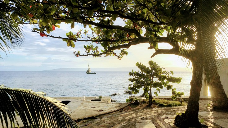 Haiti, a perfect tropical getaway with golden beaches and fresh blue water