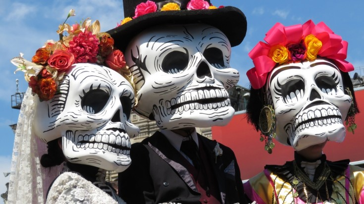 Halloween like traditions around the world Mexico
