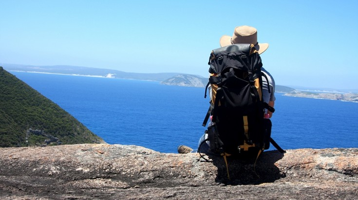 The best thing to do in Australia to discover this country is hiking.