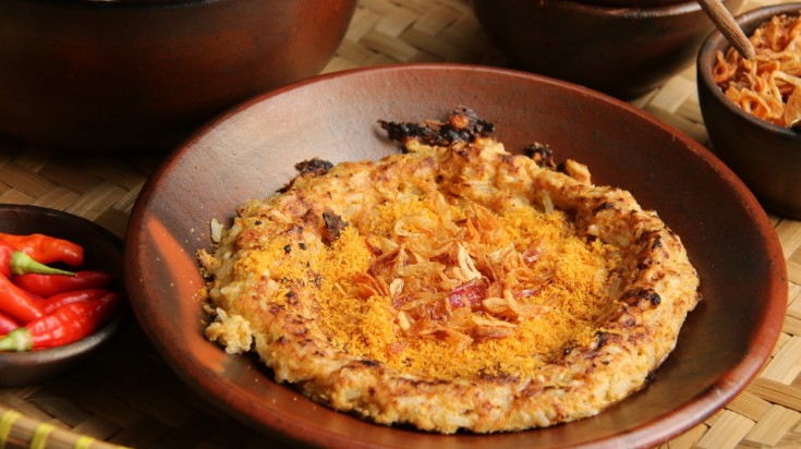 Kerak telor is a traditional Betawi