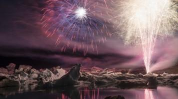 Annual fireworks show in Jokulsarlon lagoon