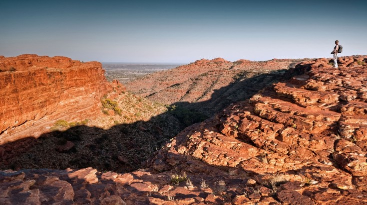 Take a short day trip on your Uluru tour and visit Kings Canyon.