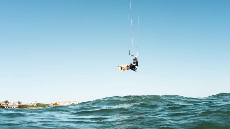 Kite Surfing in Nungwi Beach Zanzibar