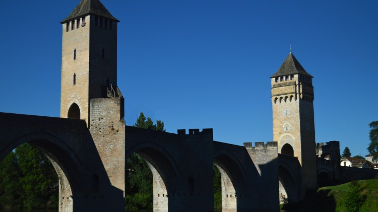 Valentre Bridge is one of the most recognized bridge in France.