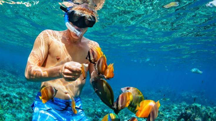 Lembongan island snorkeling at coral reefs