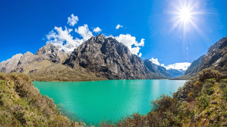 Llanganuco lakes are the first attraction on the Laguna 69 hike trail