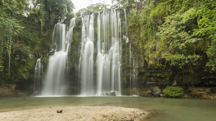 Llanos del Cortez is one of the most beautiful waterfalls in Costa Rica.