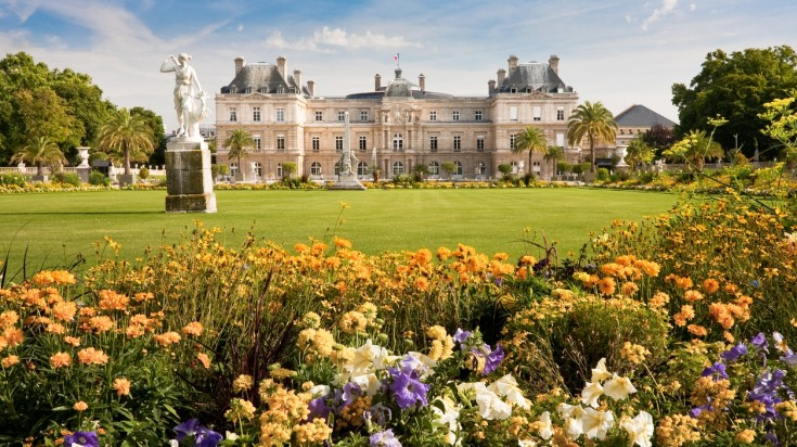 Located in Paris, Luxembourg is a stunning garden and a perfect picnic spot
