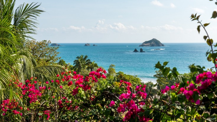 Manuel Antonio region is a great place to honeymoon in Costa Rica