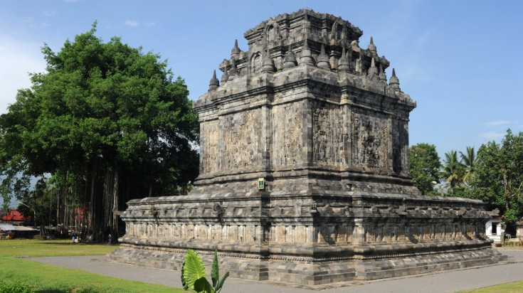 Mendut is the first Indonesian temple to be completely restored.