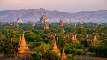 Holy sites around old Bagan