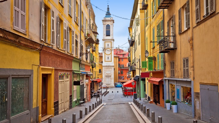 Nice is the 5th largest city in France and attracts a lot of tourists.