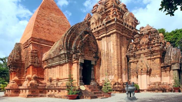 places to visit in vietnam po nagar temple