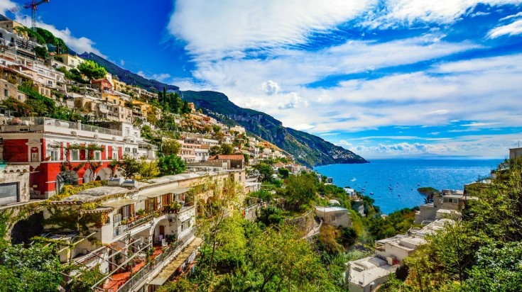 Hiking in Italy via Sentiero degli Dei, Amalfi Coast.