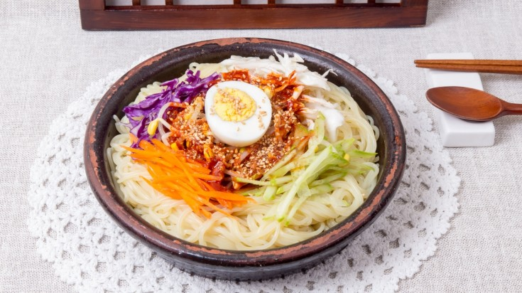 Naengmyun is one of the best street food found in Seoul