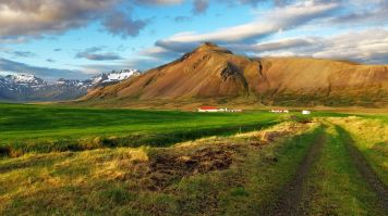 Snaefellsjokull National Park is located in the Snaefellsnes peninsula