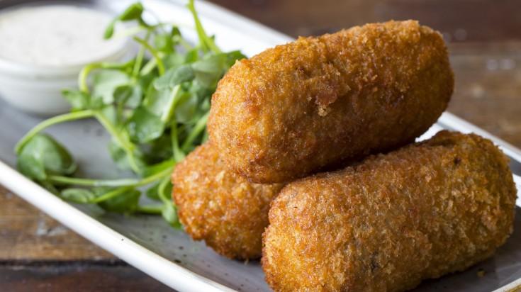 spanish food croquetas