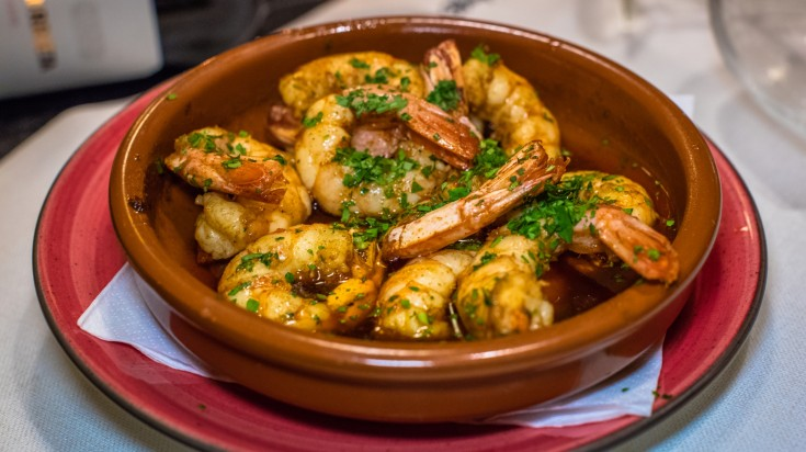 spanish food gambos al ajillo
