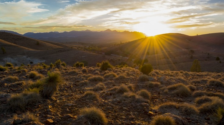 Watching the sunsets at Flinders Ranges is one of the best things to do.