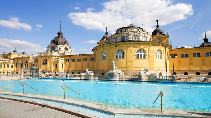 The natural hot springs in Budapest