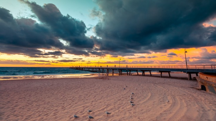Things to do in Adelaide Glenelg beach