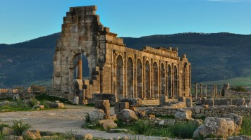 The roman ruins in Volubilis is a place to visit in Morocco