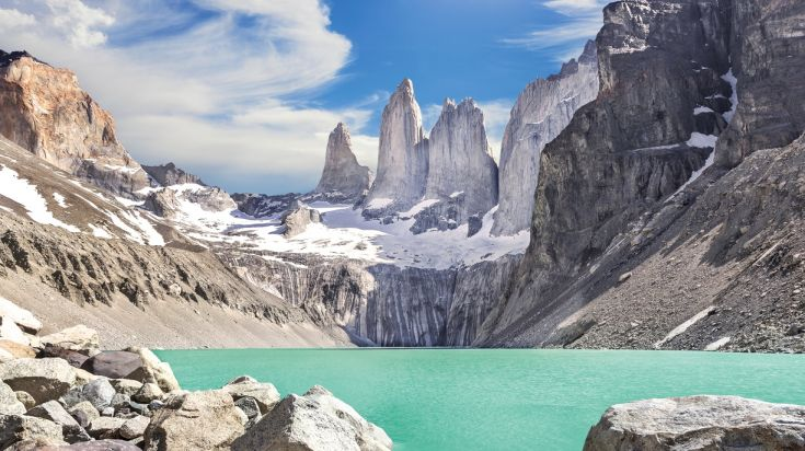Torres del Paine O trek leads you to Los Torres