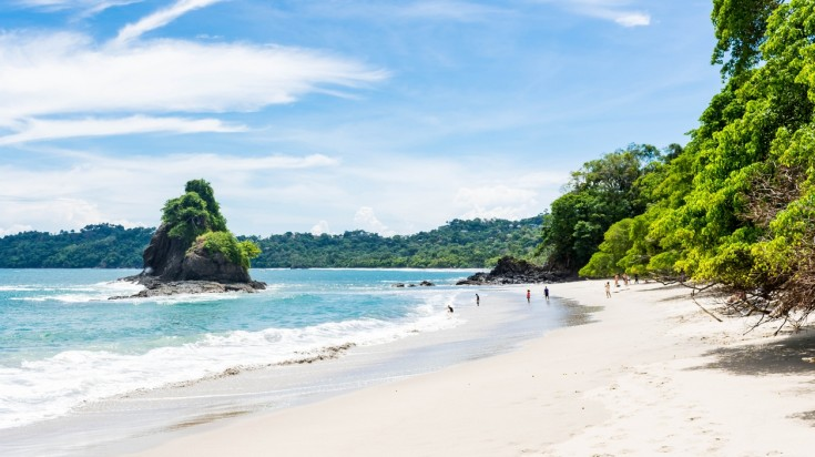 Travel tips for Costa Rica beach