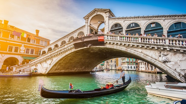 A visit to the best cities of Italy must include a visit to Venice.